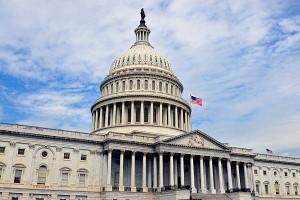 0806-seante-house-capitol-senate-recess_standard_600x400